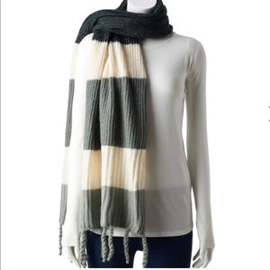 Sonoma scarf for winter with noodle fringe